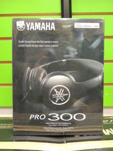 Yamaha Pro 300 headphones, 50% off until Christmas!