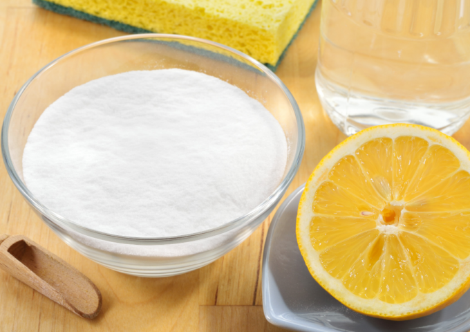 5 DIY Cleaning Recipes Our Grandmothers Taught Us