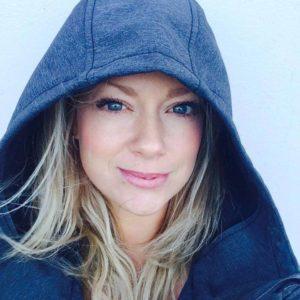 Lindsay Profile Pic